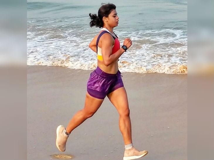 अंकिता गौर कई इंटरनेशनल मैराथन में पार्टिसिपेट कर चुकी हैं। उन्होंने TCS वर्ल्ड 10K में मैडल्स भी जीते हैं। - Dainik Bhaskar