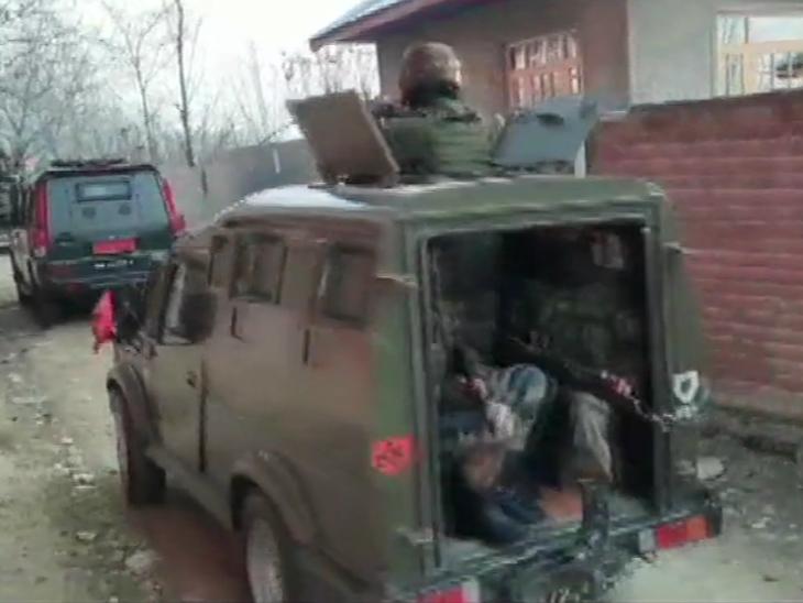बारामूला में सेना आतंकियों की तलाश के लिए सर्च ऑपरेशन चला रही है।