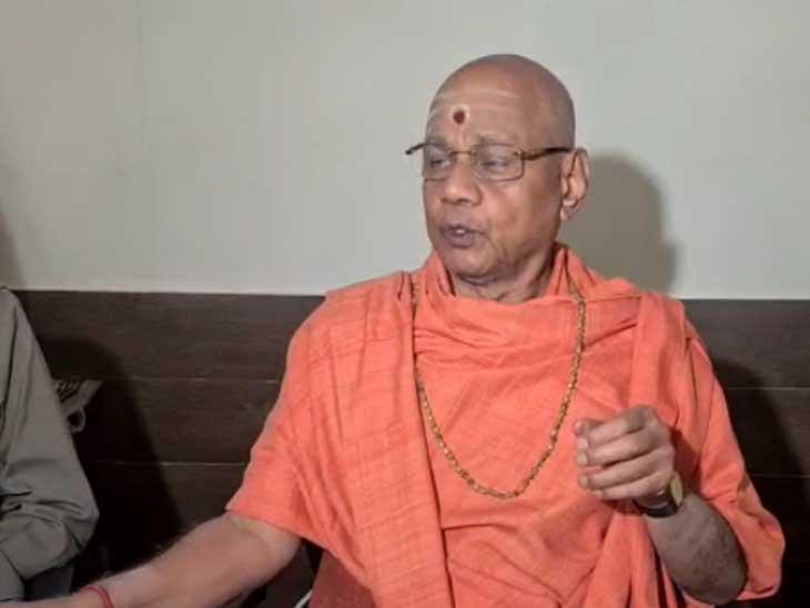 जोधपुर में गुरुवार को राम जन्मभूमि न्यास के कोषाध्यक्ष गोविंद देव गिरि महाराज। - Dainik Bhaskar