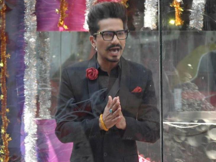 हर्ष लिंबाचिया ने उड़ाया अपने ही ड्रग्स केस का मजाक, बोले- आज कल लोग मेरे घर सुबह-सुबह आ जाते हैं और बहुत कुछ करके चले जाते हैं|बॉलीवुड,Bollywood - Dainik Bhaskar