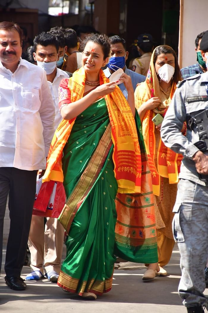 Kangana Ranot arrives at Siddhivinayak temple wearing Paithani sari, said- I feel safe now Funny Jokes