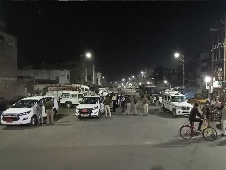 उज्जैन उपद्रव :jain उपद्रव में दो थाना प्रतिद्वंद्वियों पर गिरीरो, एसपी ने छीना थाने का समर्थकों, पुलिस लाइन भेजा