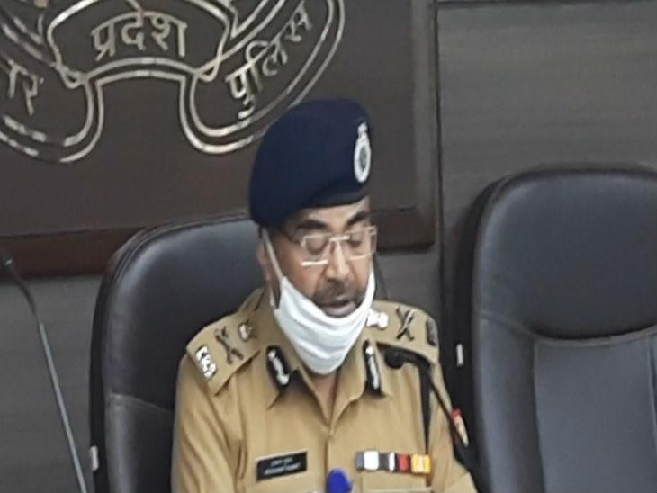 यूपी पुलिस का रिपोर्ट कार्ड: ADG प्रशांत कुमार ने कहा – नए साल में भी माफियाओं के खिलाफ नरम नहीं होगी पुलिस, महामारी के वैक्सीनेशन में भी खेलिए पूरी जिम्मेदारी