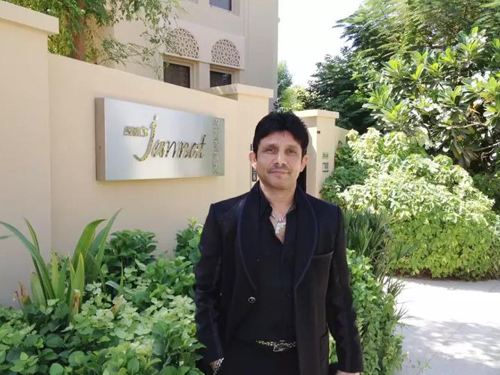 केआरके ने किया था दावा, दुबई में है 21, 000 स्क्वायर फीट का घर, हॉलैंड से आता है दूध और लंदन से चायपत्ती! बॉलीवुड,Bollywood - Dainik Bhaskar