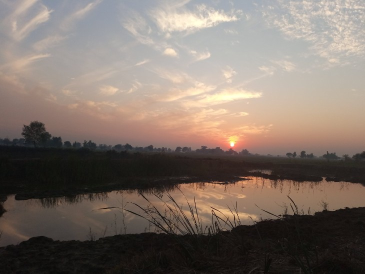 The photo is from Kutch in Gujarat. The beautiful view of the sunset was seen in the Chari-Dhan Wetland here.