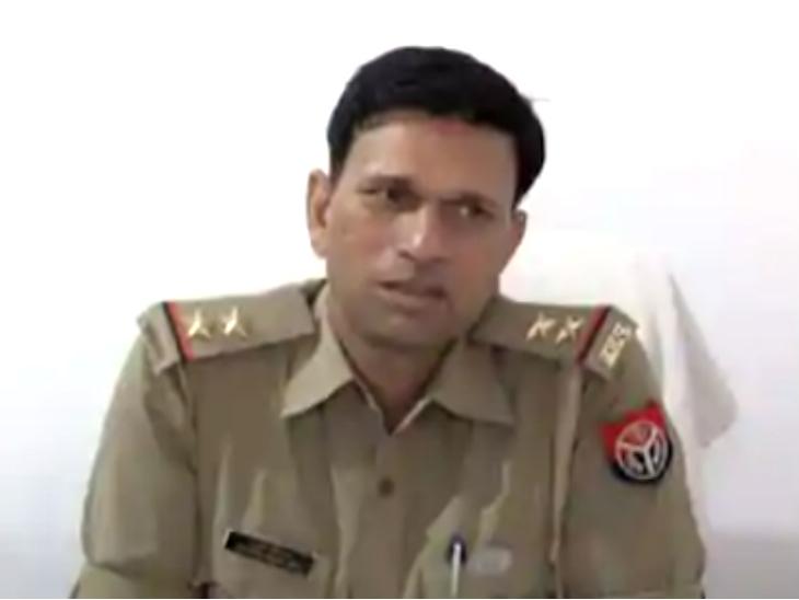 कानपुर पुलिस की करतूत: दो साल से चोरी की कार चला रहे थे बिठूर एसओ कौशलेंद्र;  गैंगस्टर विकास दुबे के साथ मुठभेड़ में हुए थे घायल