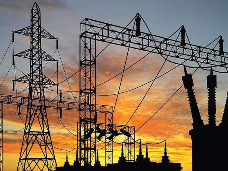 कोविड-19 के कारण मार्च से 6 महीनों तक गिरावट के बाद सितंबर में वार्षिक आधार पर बिजली खपत में 4.5% की ग्रोथ दर्ज की गई थी। - Dainik Bhaskar