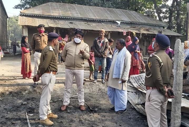 त्रिवेणीगंज SDPO ने कहा कि पीड़ित पक्ष द्वारा थानाध्यक्ष पर लगाए गए आरोप की जांच होगी। - Dainik Bhaskar