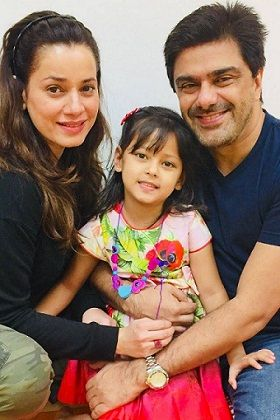 Bollywood actress and adoption: Raveena Tandon adopted two girls at the age of 21, these actresses also took the support of Adoption to become a mother MediaWinii 21/01/2021