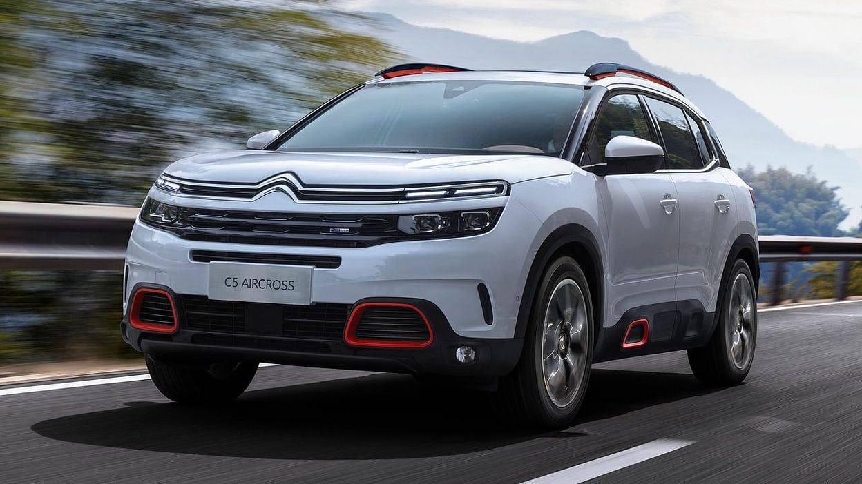SUV को पावर देने के लिए, आप 2.0-लीटर डीजल इंजन प्राप्त कर सकते हैं, जो अधिकतम 180 hp और 400 Nm की शक्ति उत्पन्न करेगा।