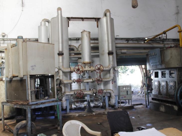 प्यूरिफिकेशन यूनिट, जिसमें हवा से खींची गई ऑक्सीजन शुद्ध की जाती है।