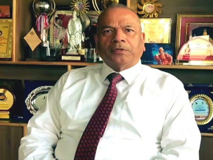 विक्रम सिंह, पूर्व पुलिस महानिदेशक, उत्तर प्रदेश।