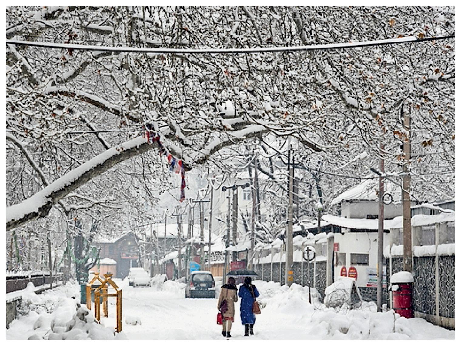पहाड़ी इलाकों में 8 फीट तक बर्फ की चादर, 14 जनवरी सबसे सर्द दिन हो सकता है