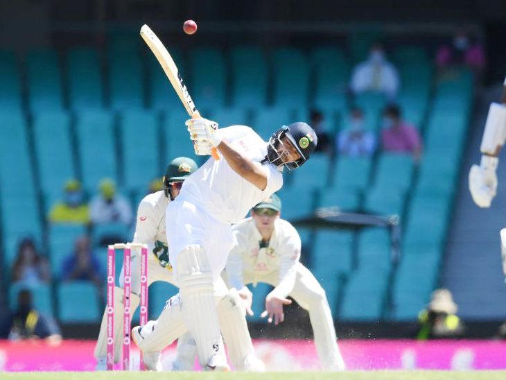 पंत ने ऑस्ट्रेलियाई स्पिनर नाथन लियोन की बॉल पर 3 छक्के लगाए।