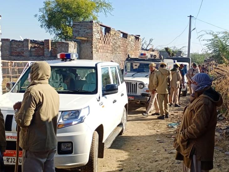 पुलिस की टीम ने कार्रवाई को अंजाम दिया।