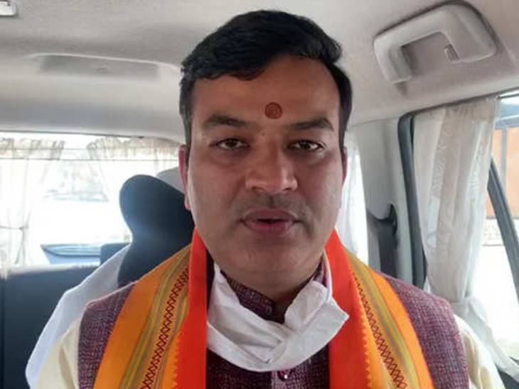 योगी के संसदीय कार्य मंत्री ने ममता बनर्जी को इस्लामिक आतंकवादियों का एजेंट बताया; कहा- चुनाव बाद बांग्लादेश में शरण लेनी पड़ेगी वाराणसी,Varanasi - Dainik Bhaskar