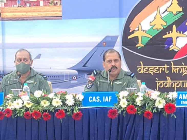 भदौरिया बोले- चीन के एग्रेसिव मोड का उसी अंदाज में जवाब देने को एयरफोर्स तैयार, अगले साल तक सभी 36 राफेल आ जाएंगे|जोधपुर,Jodhpur - Dainik Bhaskar