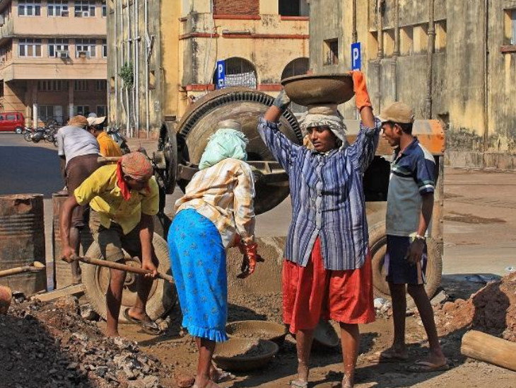 अनौपचारिक क्षेत्र के वर्कर्स के लिए रजिस्ट्री बना सकती है सरकार, 1 फरवरी को बजट में घोषणा की उम्मीद|बिजनेस,Business - Dainik Bhaskar