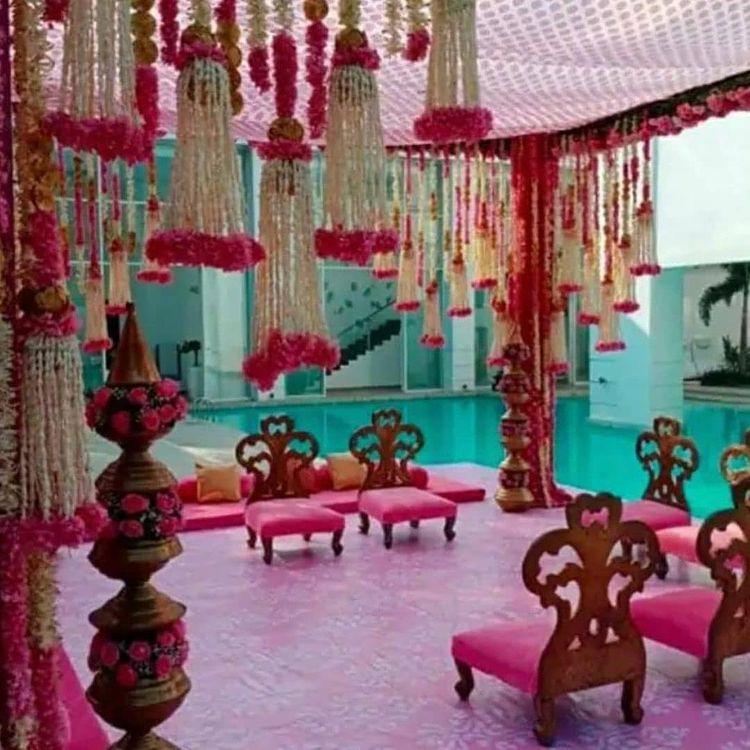 मेंशन हाउस में वरुण-नताशा की शादी के लिए तैयार मंडप