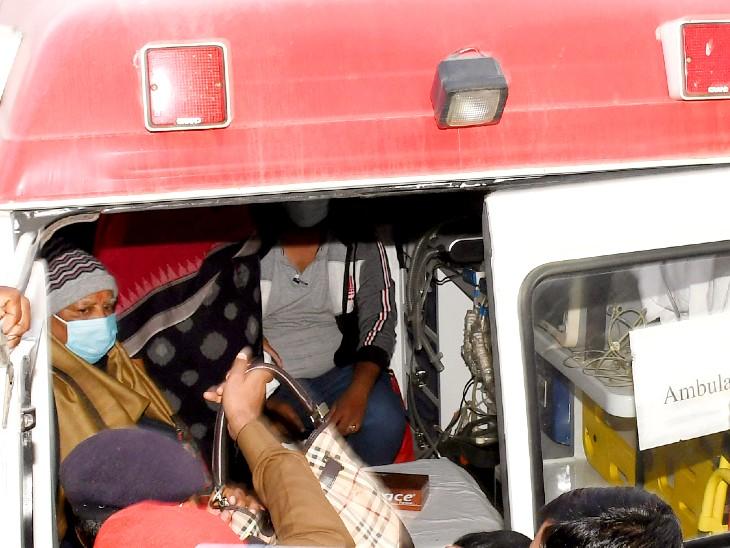 दिल्ली शिफ्टिंग के दौरान लालू प्रसाद यादव।