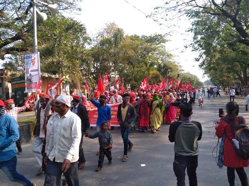 शरद पवार बोले- राज्यपाल के पास कंगना से मिलने का वक्त है, लेकिन किसानों से मुलाकात का समय नहीं|महाराष्ट्र,Maharashtra - Dainik Bhaskar