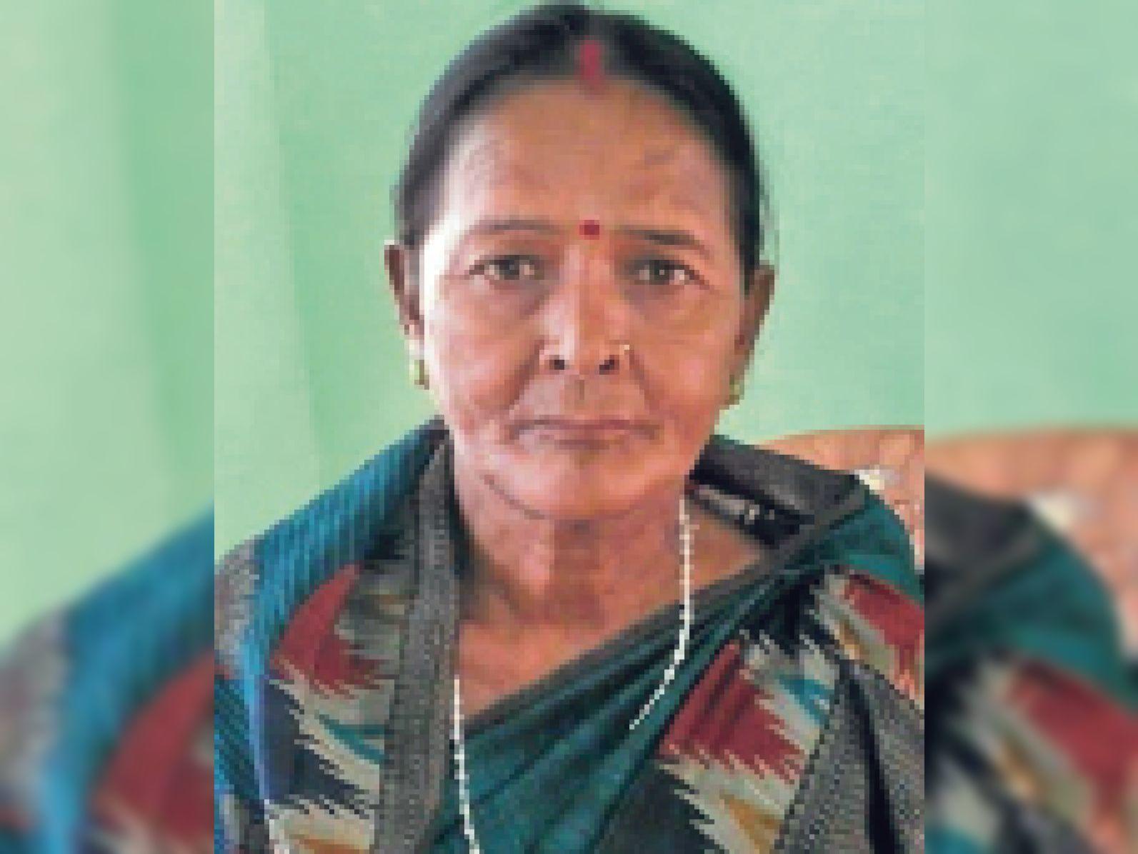 डायन बिसाही से प्रताड़ित 125 महिलाओं को न्याय दिलाने वाली सरायकेला की छुटनी को पद्मश्री, ससुराल वालों ने घर से निकाला तो छेड़ी जंग जमशेदपुर,Jamshedpur - Dainik Bhaskar