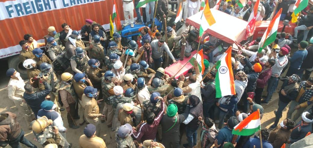सीकरी बार्डर के पास बवाल करने वाले 2 हजार अज्ञात लोगों के खिलाफ हत्या करने के प्रयास की धारा में केस दर्ज फरीदाबाद,Faridabad - Dainik Bhaskar