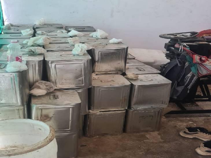 पाम ऑयल, डालडा और फ्लेवरिंग एसेंस के मिश्रण से तैयार करते थे घी, 5 ब्रांड नेम से होती थी पैकिंग|जबलपुर,Jabalpur - Dainik Bhaskar