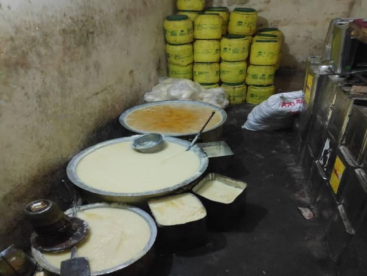 रांझी में बीते दिनों विष्णु गुप्ता के घर नकली घी बनाने का हुआ था खुलासा (फाइल फोटो)