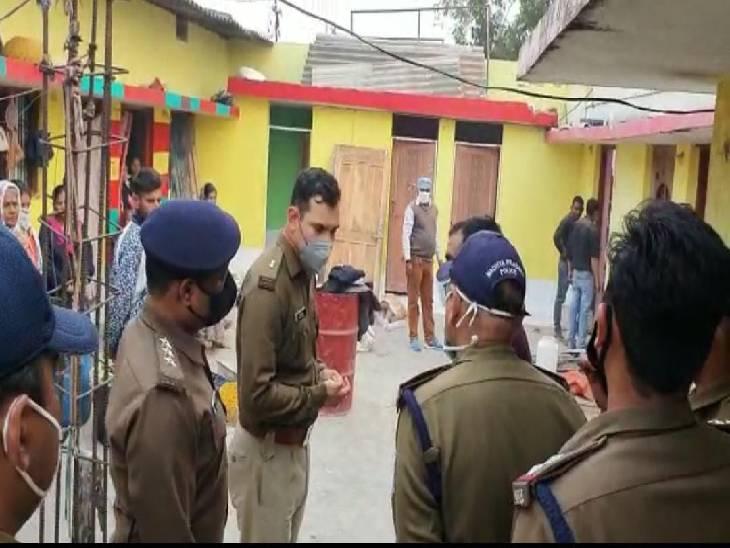 कार्रवाई के दौरान मौके पर पहुंचे एएसपी ने अधिकारियों को निर्देश देते हुए