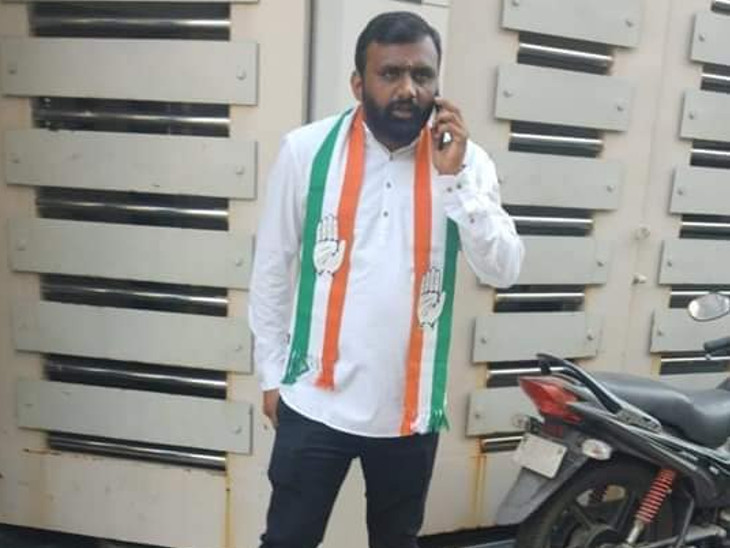 In the Collector Office, it was found out that the Congress withdrew its nomination even after it was revealed that the Congress had not given ticket to his partner Sanjaybhai's wife.