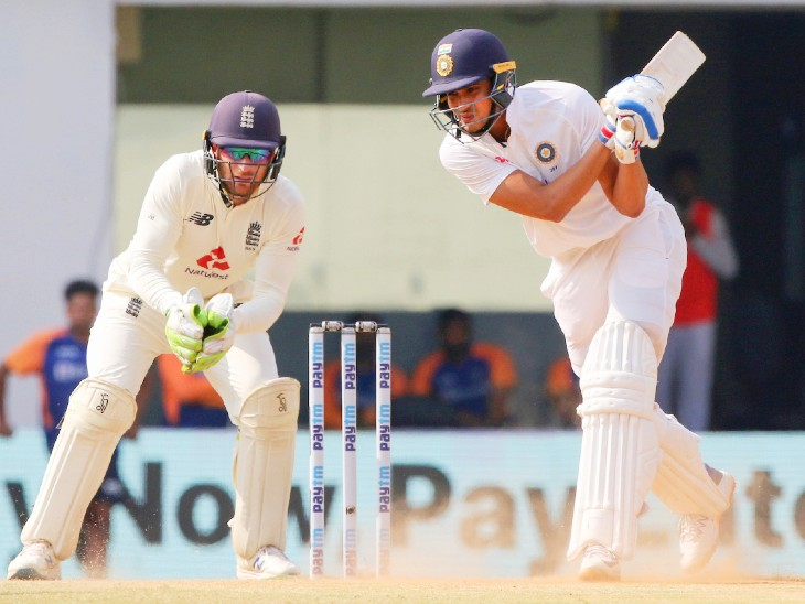 Chasing a target of 420 runs in the second innings, opener Shubman Gill hit a 50-run innings.