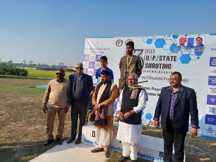 शूटिंग प्रतियोगिता में जूनियर वर्ग में लखनऊ के सईद जाफरी ने स्वर्ण पदक पर साधा निशाना, DM ने किया सम्मानित|उत्तरप्रदेश,Uttar Pradesh - Dainik Bhaskar
