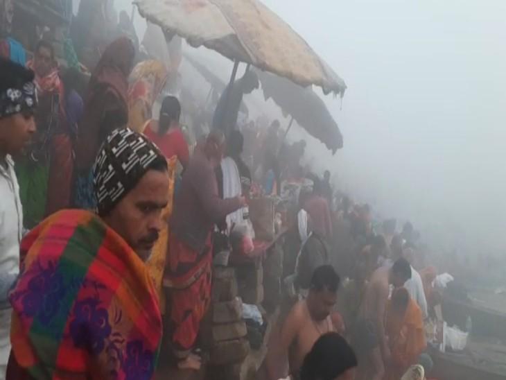 वाराणसी में मौनी अमावस्या के दिन गंगा घाटों पर उमड़ा जनसैलाब, गोदौलिया-दशाश्वमेध मार्ग नो व्हीकल जोनबना|वाराणसी,Varanasi - Dainik Bhaskar