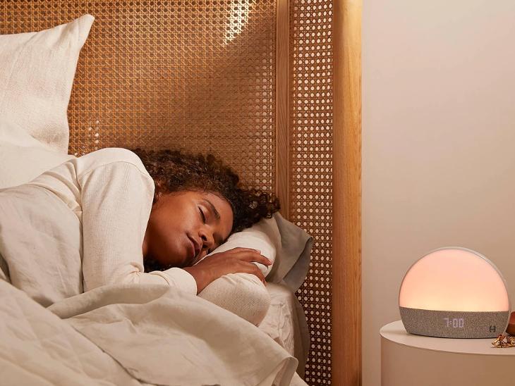 इसमें बारिश, रेडियो और कीड़ों की आवाज वाला साउंड दिया; कंपनी का दावा- इससे बच्चे-बड़े दोनों को नींद आ जाएगी|टेक & ऑटो,Tech & Auto - Dainik Bhaskar