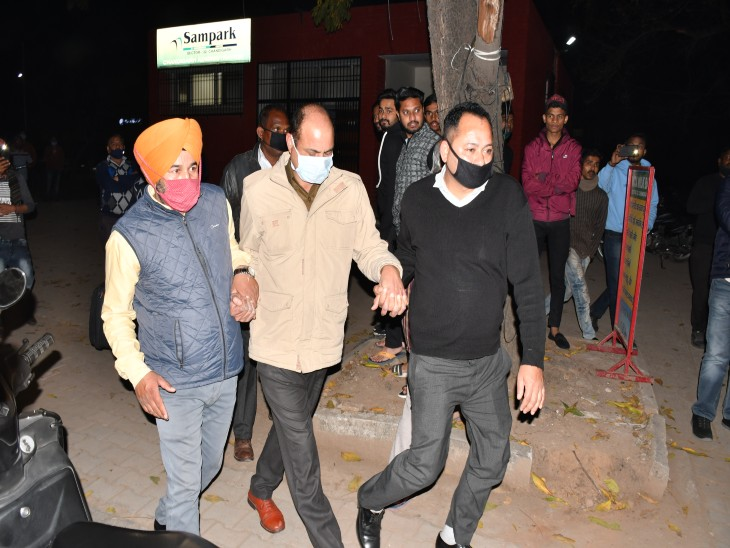 SHO सेक्टर 34 को CBI ऑफिस बुलाया, पूछताछ कर वापिस भेजा;ASI ने कई बार लिया था नाम इसलिए की CBI ने पूछताछ|चंडीगढ़,Chandigarh - Dainik Bhaskar