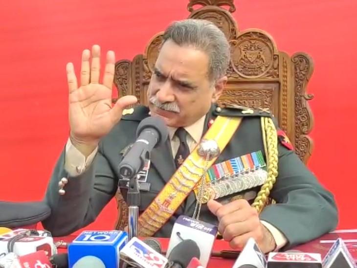 दक्षिण-पश्चिमी कमान के ऑफिसर कमाडिंग इन चीफ लेफ्टिनेंट जनरल अलोक क्लेर भर्ती मामले में  CM गहलोत से बातचीत कर चुके हैं। - Dainik Bhaskar