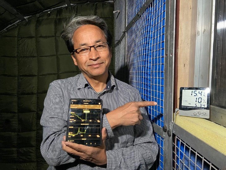 Sonam Wangchuk showing temperatures outside and inside tents in Galvan Valley.