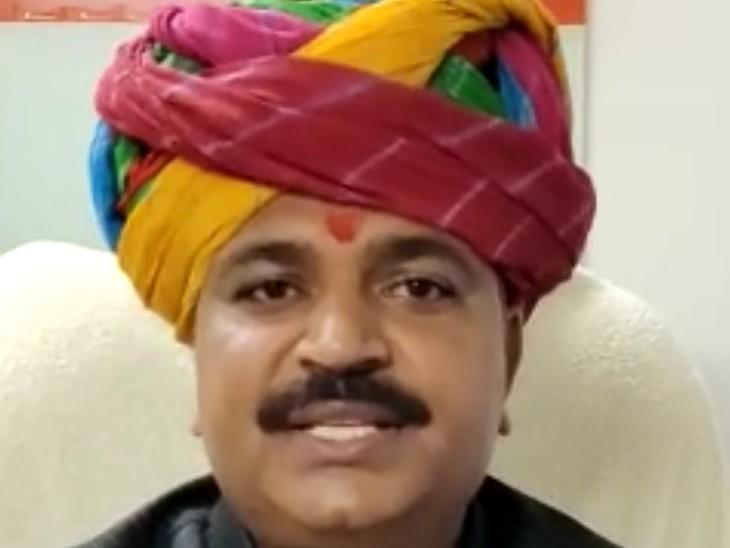 मंत्री टीकाराम जूली बोले- मुझे पायलट ने किसान महापंचायत में नहीं बुलाया, अगर बुलाते तो जरूर जाता अलवर,Alwar - Dainik Bhaskar
