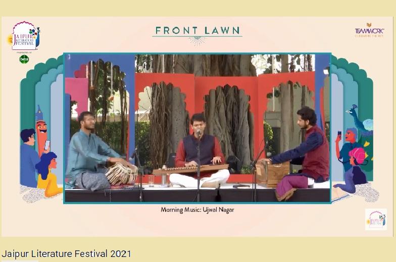 जयपुर लिटरेचर फेस्टिवल के तीसरे दिन प्रस्तुति देते कलाकार।