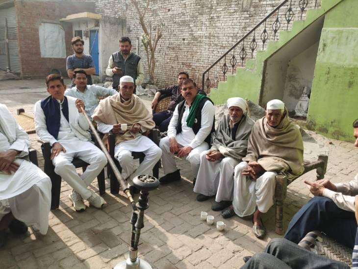 शामली में खाप चौधरियों ने बैठक कर BJP नेताओं के विरोध की बनाई रणनीति।