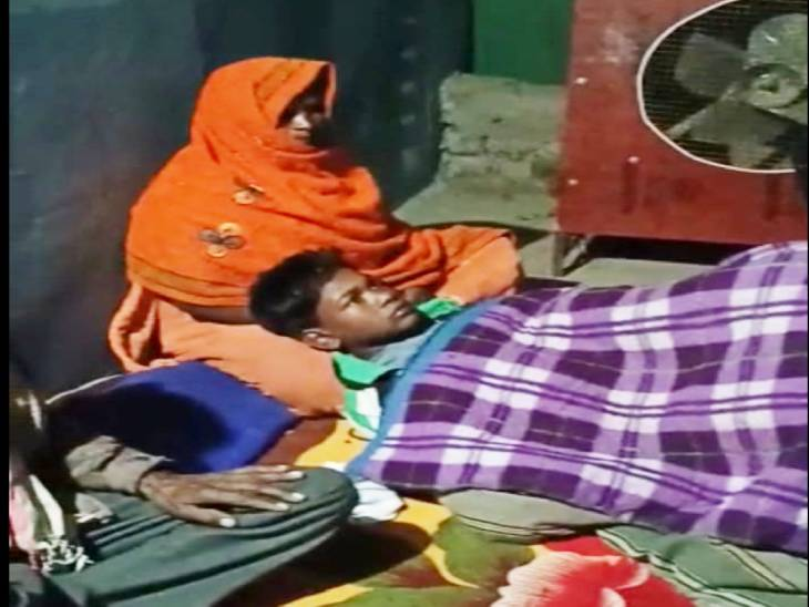 10 साल का लड़का बोला- पुलिस वाले अंकल ने बहुत मारा; कान के पर्दे फट गए और खून निकलने लगा जबलपुर,Jabalpur - Dainik Bhaskar