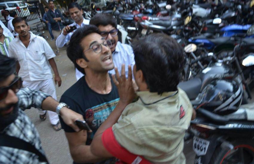 Celebs and paparazzi: Kapil Sharma has taken these celebs ...