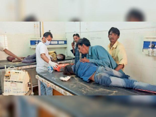 जवाहर अस्पताल में बच्चों का किया उपचार।