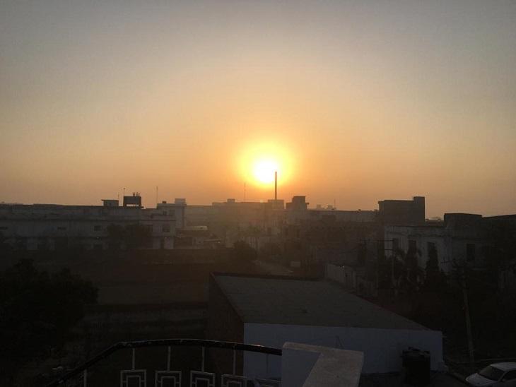 धूप करा रही गर्मी का अहसास, अधिकतम और न्यूनतम तापमान में 1डिग्री की बढ़ोतरी पानीपत,Panipat - Dainik Bhaskar