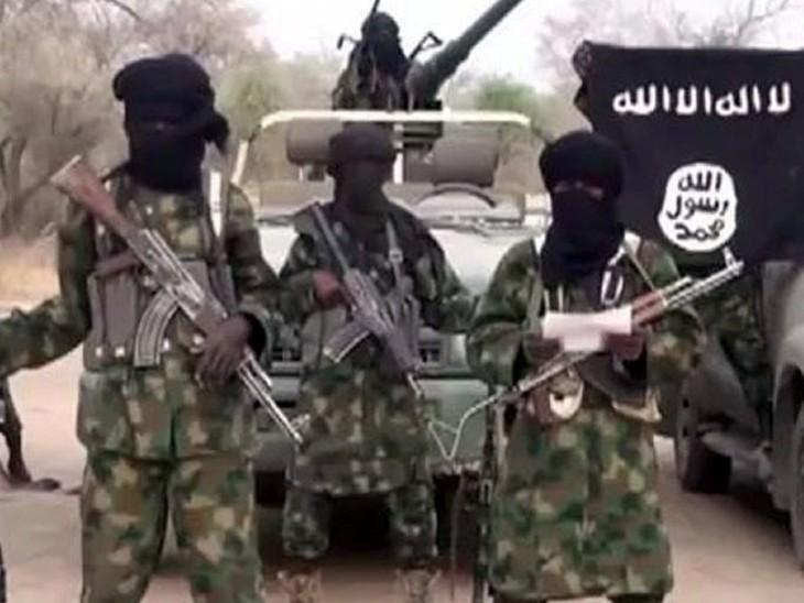 बोको हराम की स्थापना 2002 में मौलवी मोहम्मद युसुफ ने नाइजीरिया सहित दुनिया के देशों में शरिया कानून स्थापित करने के लिए की थी।