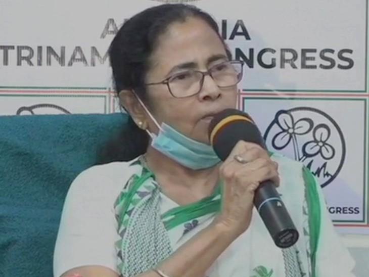 ममता का इलेक्शन कमीशन पर हमला:दीदी ने कहा-आयोग ने मोदी और शाह के चुनावी दौरे के हिसाब से तारीखें तय कीं, कुछ भी कर लो जनता जवाब देगी