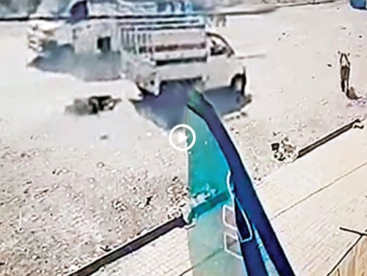 शराबबंदी वाले गुजरात में महिला ने शराबी पति को टेम्पो से बांधकर आधा किलोमीटर तक घसीटा गुजरात,Gujarat - Dainik Bhaskar
