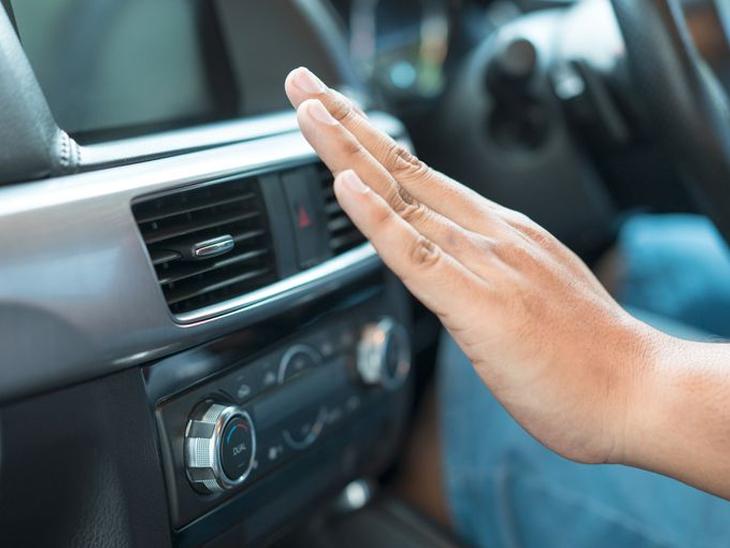 कार के AC और कूलैंट को जरूर चेक करें, गर्मी से बचने के लिए सन वाइजर का इस्तेमाल करें|टेक & ऑटो,Tech & Auto - Dainik Bhaskar