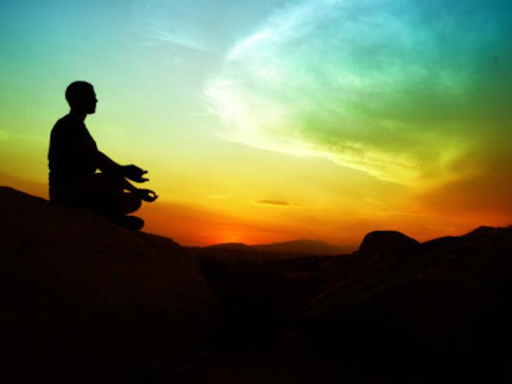 कथा: मानसिकता सकारात्मक रहेगी तो बुरे समय में भी मन शांत रहेगा, सुख-दुख हमारी सोच पर निर्भर होते हैं